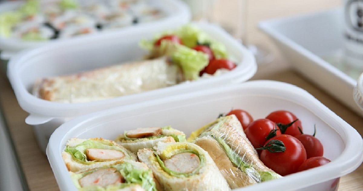 30 daycare lunch ideas with no peanuts or eggstots to teens stuck for lunch ideas for your toddlers daycare or preschool lunch baby and lunchbox cookbook author anna bordignon of munch cupboard has some ideas to forumfinder Gallery