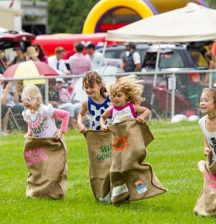 5 reasons you need to take the family to the races this summer