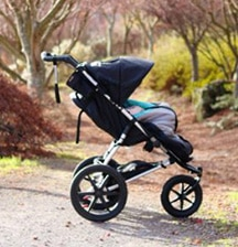 4 reasons you need a 3-wheel stroller. Multi-taskers, rejoice!