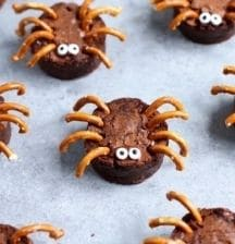 Chocolate brownie spider recipe for Halloween