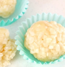 Brown rice and cheese balls