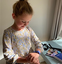 9-year-old Mackenzie reviews the Fitbit Ace 3