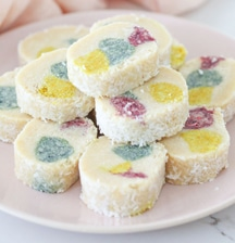 Healthy lolly cake